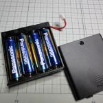 電池ボックスへ電池を装填